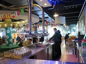 青島ビール試飲バー