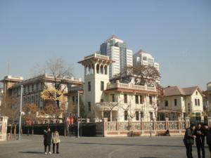 新旧混在の街――天津